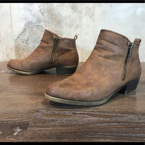 5/$20 Madden Girl Booties, Size 8.5